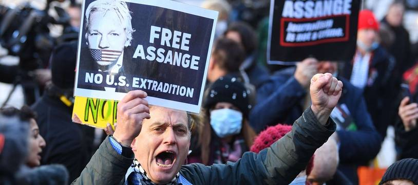 Julian Assange ne sera pas extradé vers les Etats-Unis, mais il reste en détention au Royaume-Uni.