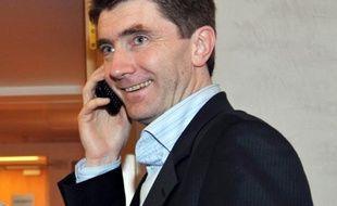 """Le maire EELV de Sevran (Seine-Saint-Denis) Stéphane Gatignon a appelé ses habitants à se rendre vendredi devant l'Assemblée nationale pour défendre les """"villes pauvres"""", dans une lettre qu'il leur a adressée, dont l'AFP a pris connaissance jeudi."""
