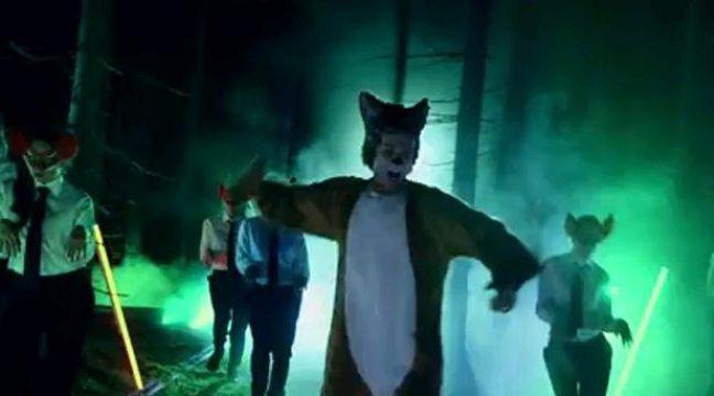 """Extrait de la vidéo """"The Fox"""" du duo norvégien Ylvis. – Youtube"""