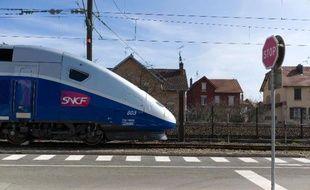 Plusieurs élus bretons ont réagi ces derniers jours après la publication d'informations sur un rapport qui propose de reporter la construction de plusieurs lignes à grande vitesse (LGV) après 2030, dont celle reliant Brest et Quimper au réseau TGV.