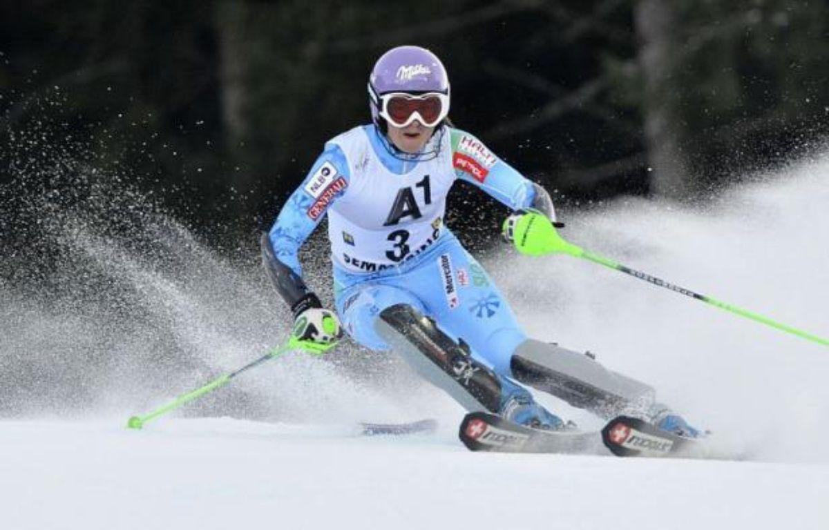 La Slovène Tina Maze, leader de la Coupe du monde de ski alpin, a pris la tête du slalom de Semmering au terme de la première manche samedi, avec 55/100e d'avance sur la Slovaque Veronika Zuzulova. – Samuel Kubani afp.com