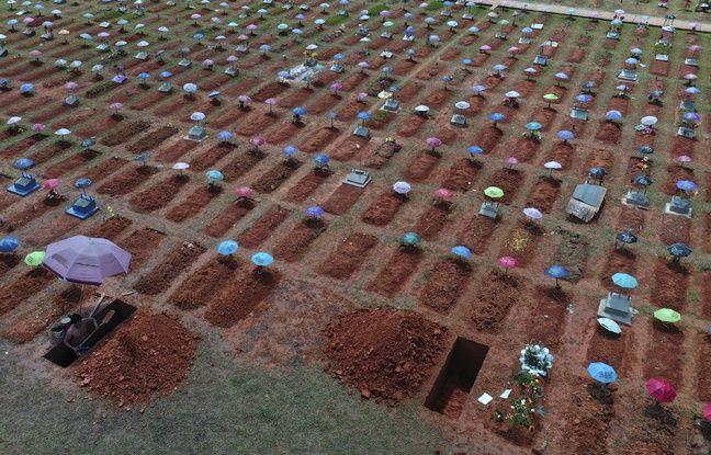 648x415 le cimetiere san juan bautista le 20 mars 2021 avec les nouvelles tombes causees par le coronavirus