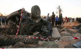 Les lieux d'un bombardement contre une maison et un camp d'entraînement tenu par Daesh en Libye, à l'ouest de  Sabratha, le 19 février 2016.