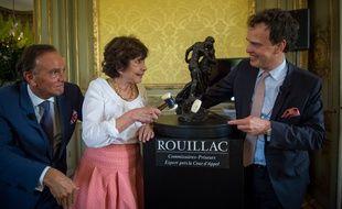 Reine-Marie Paris, la petite nièce de Camille Claudel, a acquis aux enchères la sculpture «La valse»
