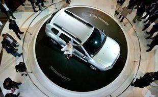 Le constructeur automobile français Renault et son partenaire japonais Nissan ont établi chacun un record des ventes en 2011 et devraient faire encore mieux cette année, a annoncé mardi Carlos Ghosn, PDG des deux groupes.