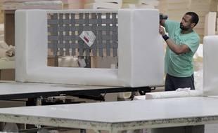 L'usine Mousse du Nord, à Neuville-en-Ferrain (59), fabrique des canapés, notamment pour la Camif.
