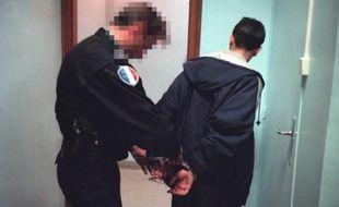 Un jeune homme placé en garde à vue à Lyon.