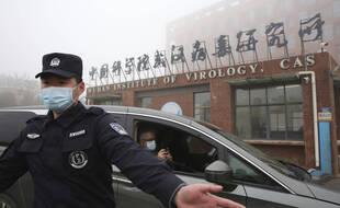 Arrivée de l'équipe de l'OMS au centre de virologie de Wuhan, le 3 février 2021.