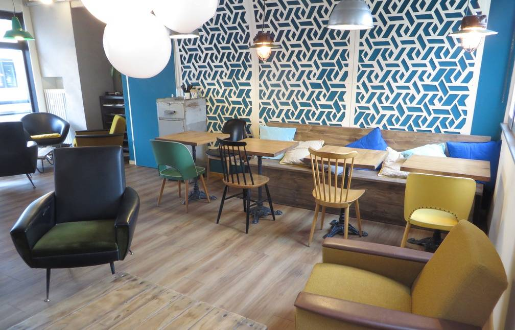 strasbourg un pasteur la t te d 39 un coffee shop. Black Bedroom Furniture Sets. Home Design Ideas