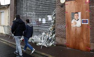 Theo, 14 ans, a été retrouvé mort début novembre devant une boulangerie industrielle désaffectée de Lens. FRANCOIS LO PRESTI / AFP