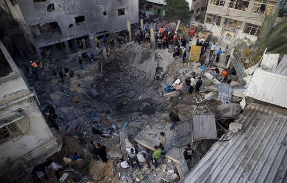 L'armée israélienne a bombardé une maison dans le centre de Gaza, visant un chef militaire du Hamas et tuant plusieurs civils, le 18 novembre 2012.  – V. WARTNER / 20 MINUTES