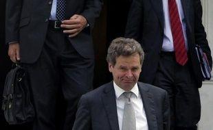 Les créanciers de la Grèce, UE-BCE-FMI, se sont entretenus vendredi à Athènes avec le Premier ministre Antonis Samaras de nouvelles mesures de rigueur sur fonds d'accalmie dans la zone euro après le soutien apporté la veille par la Banque centrale européenne (BCE).