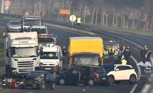 Cinq personnes ont trouvé la mort dans un carambolage entre La Roche-sur-Yon et les Sables d'Olonne le 20 décembre 2016.