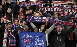 Les supporters du PSG à Chelsea, le 11 mars 2015.