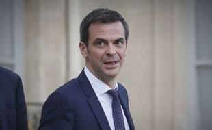 Le ministre de la Santé, Olivier Véran, a annoncé l'activation de 70 hôpitaux supplémentaires pour faire face au coronavirus.