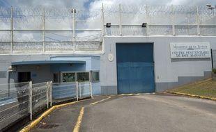 Le centre pénitentiaire de Baie-Mahault en Guadeloupe, le 3 juillet 2016.
