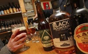 Illustation. le 6 février 2013. Bières et whisky local (toulouse) dans un magasin spécialisé.