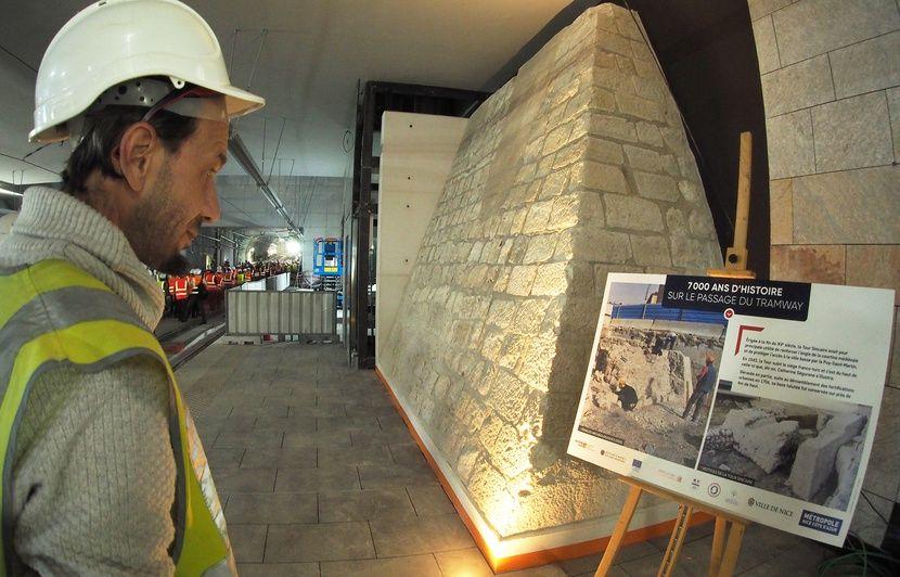Nice: Un bout d'histoire retrouvé sur le chantier du tramway à admirer sur les quais
