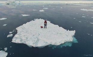 Guirec et sa poule Monique sont actuellement au Groenland.