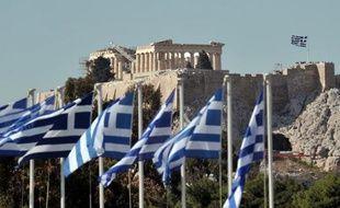 La Grèce se préparait vendredi à une rigide tutelle budgétaire incluant un durcissement du régime fiscal de sa classe moyenne, en échange de la reprise, décidée la veille, de la perfusion financière internationale la protégeant de la faillite.