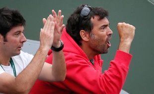 Sergi Bruguera (à droite) à côté de l'autre entraîneur de Gasquet Sébastien Grosjean à Roland-Garros en 2014.