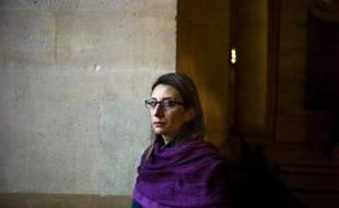 Nora Fraisse, la mère de Marion, une adolescente qui s'était suicidée en février 2013, à Paris le 14 novembre 2013