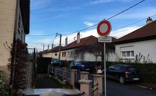 La rue de Wattignies où habite Ismaël, arrêté le 14 février 2017 dans une enquête antiterroriste