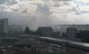 Les fumées sont visibles du quartier Beaulieu