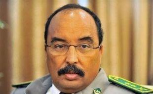 """Le projet de """"rectification politique"""" de la junte est """"dans l'impasse"""", a pour sa part déclaré la Rencontre africaine des droits de l'Homme (Raddho), une ONG dont le siège est à Dakar, qui encourage l'Union africaine (UA) à appliquer """"fermement"""" des sanctions."""