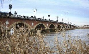 Pour l'instant peu de marchandises transitent par le fleuve girondin.