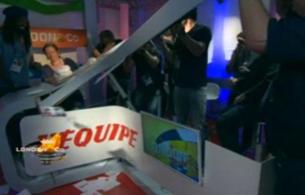 Les Experts sur le plateau de l'équipe TV – Capture d'écran 20 minutes