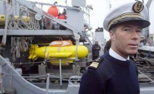 """Le chasseur de mines l'Eridan a appareillé jeudi matin à 10h00 de la base militaire de Brest vers la zone du naufrage de """"La P'Tite Julie"""" qu'il devrait rejoindre vers 18h00 pour localiser puis inspecter l'épave du chalutier qui gît par 80 mètres de fond"""