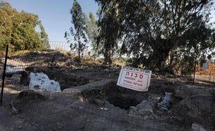 En août 2017, des archéologues israéliens et américains pensent avoir trouvé le site de naissance ou de résidence de Pierre et de deux autres apôtres compagnons de Jésus sur les bords du lac de Tibériade, en Israël.