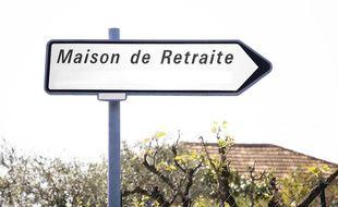 La maison de retraite est située à Mougins, au-dessus de Cannes