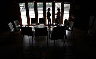 Depuis l'annonce du confinement, certains psychiatres et psychologues ont mis en place des consultation à distance.