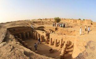 Vue aérienne du site archéologique de El-Kourrou le 24 mars 2014, à 300 km au nord-ouest de Khartoum au Soudan où travaillent des équipes soudanaises et américaines d'archéologues qui ont découvert un temple avec 23 colonnes
