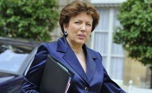 """Mme Bachelot souhaite également """"mieux faire appliquer la loi"""" interdisant la vente de cigarettes aux mineurs de moins de 16 ans."""