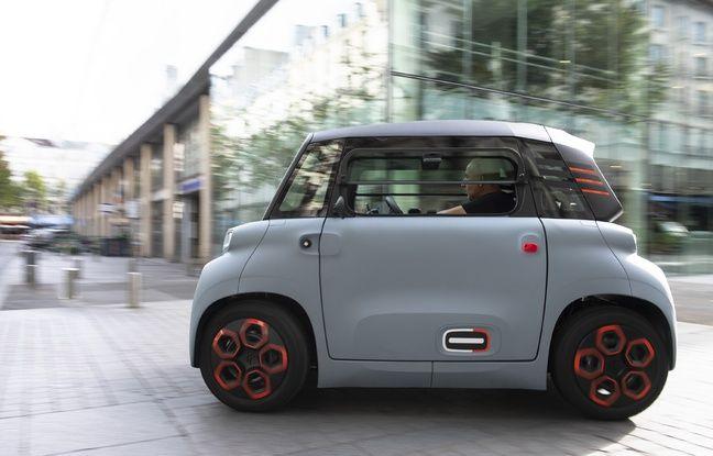 AMI peut rouler jusqu'à 45 km/h et dispose d'une autonomie de 75 km.