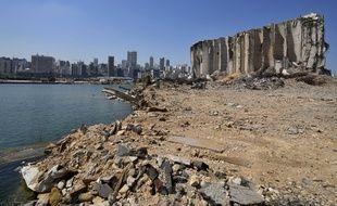 Le port de Beyrouth le 13 juillet 2021, près d'un an après l'explosion du 4 août 2021.