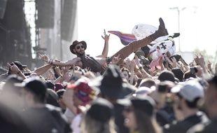 Des fans de metal lors du festival Hellfest en juin 2018.