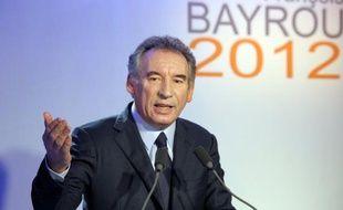 """Le candidat MoDem à la présidentielle François Bayrou a réaffirmé mardi ses priorités pour la France: """"production, éducation et retour de la morale publique"""", lors de ses voeux à la presse en affichant son optimisme sur les ressources du pays pour sortir de la crise."""