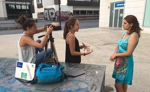 Lors du tournage du documentaire sur les attentes des jeunes de l'Union européenne