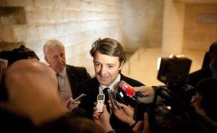 """L'ancien ministre chiraquien François Baroin a qualifié mardi Patrick Buisson, ex-conseiller de Nicolas Sarkozy, d'""""antigaulliste primaire"""", soulignant que celui-ci n'avait """"aucune légitimité"""" et n'existait """"plus dans le paysage politique""""."""