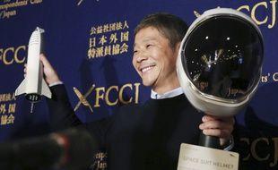 Yusaku Maezawa , qui avait déclaré il y a quelques semaines être à la recherche d'une femme pour l'accompagner sur la lune avec SpaceX