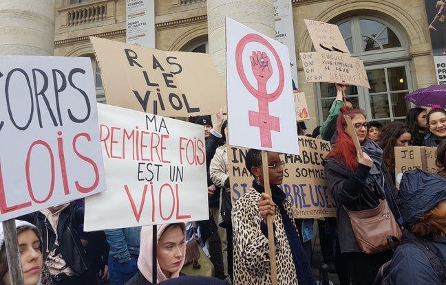 Plusieurs centaines de manifestantes se sont réunies le dimanche 8 mars 2020 à Bordeaux pour une marche féministe.