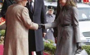 """Le Royaume-Uni a déroulé mercredi le tapis rouge pour Nicolas Sarkozy et son épouse Carla, qui ont entamé en fin de matinée une visite d'Etat de deux jours avec l'espoir affiché de lancer une """"nouvelle fraternité franco-britannique""""."""