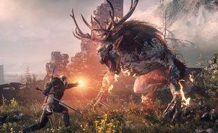 Geralt de Riv fac à un monstre dans The Witcher 3.