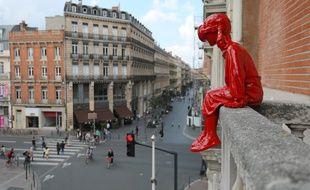 La petite observatrice, une sculpture du Toulousain James Colomina, est installée à la CCI à l'occasion de l'événement #31street.