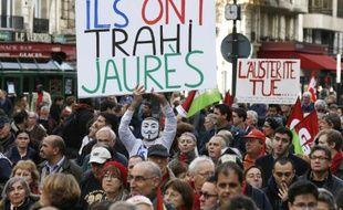 Manifestation contre l'austérité à Paris, le 15 novembre 2014