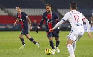 Un duel entre PSG et Lyon